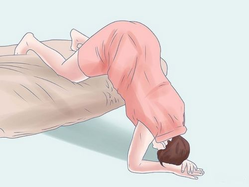 Упражнения при тазовом предлежании